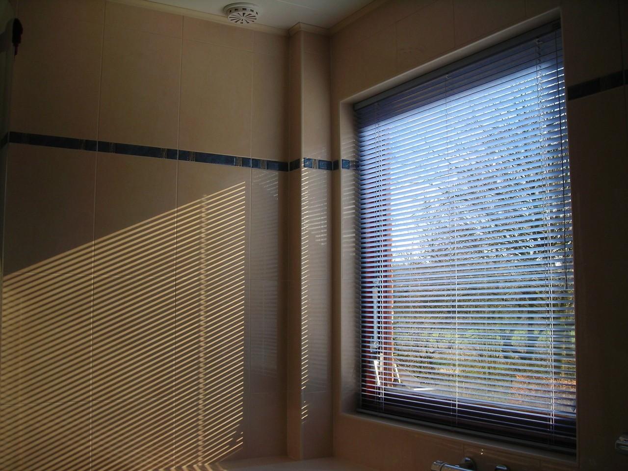 Mycie okien od A do Z. Układamy dobry plan